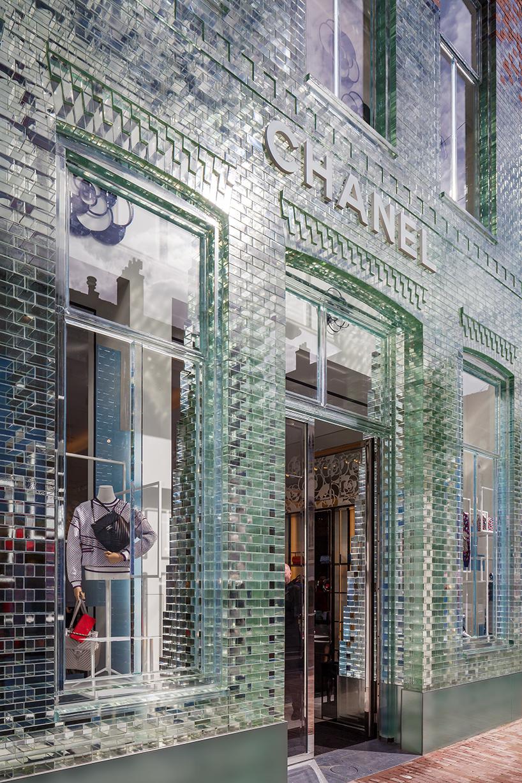 MVRDV-crystal-houses-amsterdam-chanel-flagship-store-glass-facade-thatsitmag-03.jpg