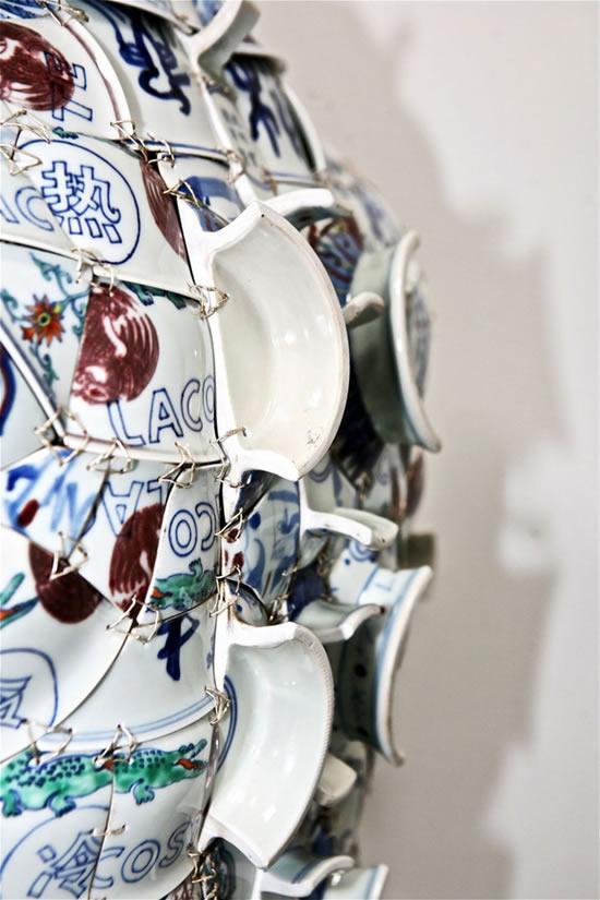Li-Xiaofeng-porcelain-costumes6.jpg