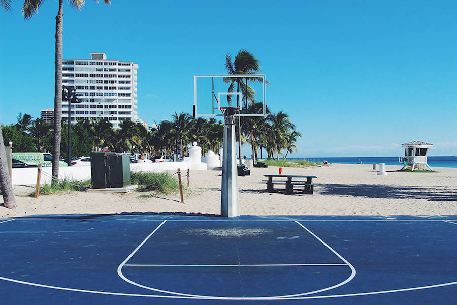 basketball-courts-around-the-world-thatsitmag1.jpg