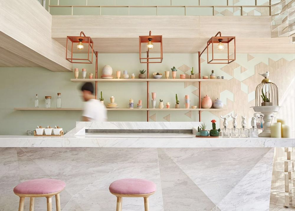 sugar-crystals-inspired-interior-for-shugaa-dessert-bar-thatsitmag3.jpeg
