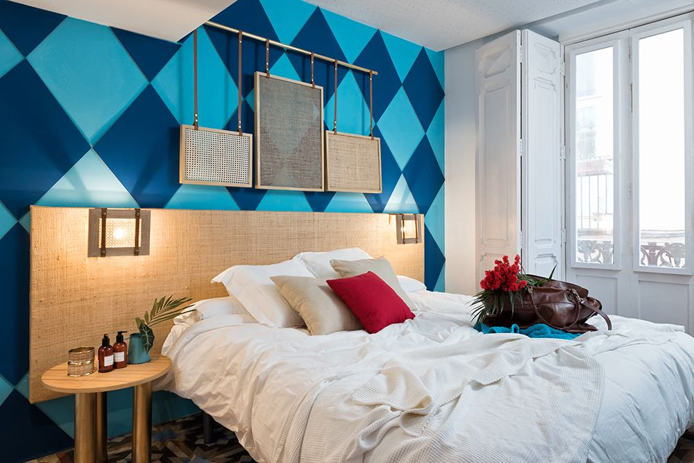 masquespacio-valencia-lounge-hostel-thasitmag15.jpeg