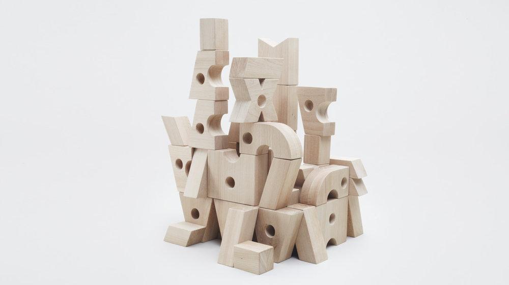 woodplay-toys-olivier-helfrich-11 That's it Mag.jpg