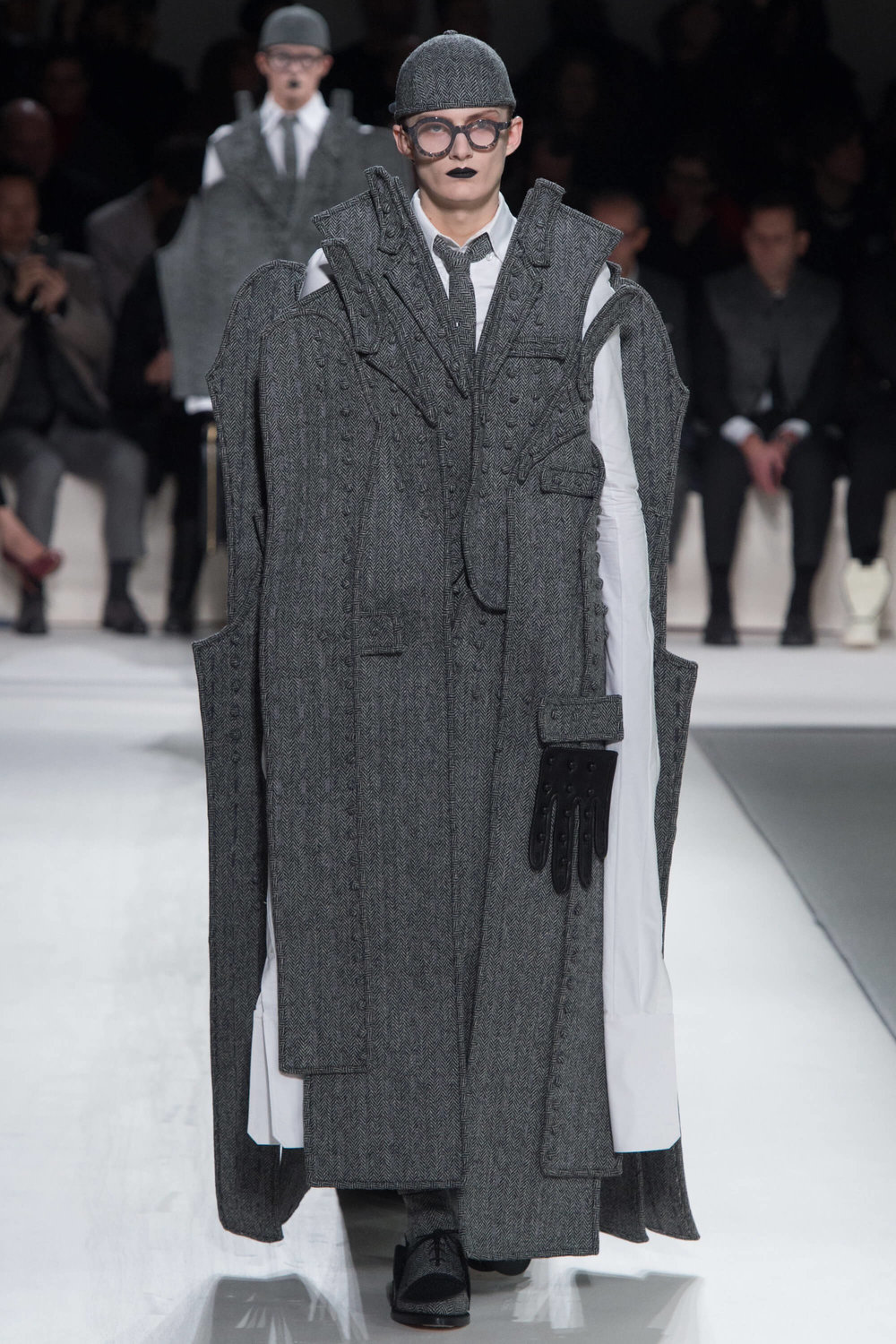 Thom-Browne-Never-Fails-to-Amaze-Thatsitmag-Thatsitmagazine-GraceBrookes-Paris-Fashion-week2.jpg