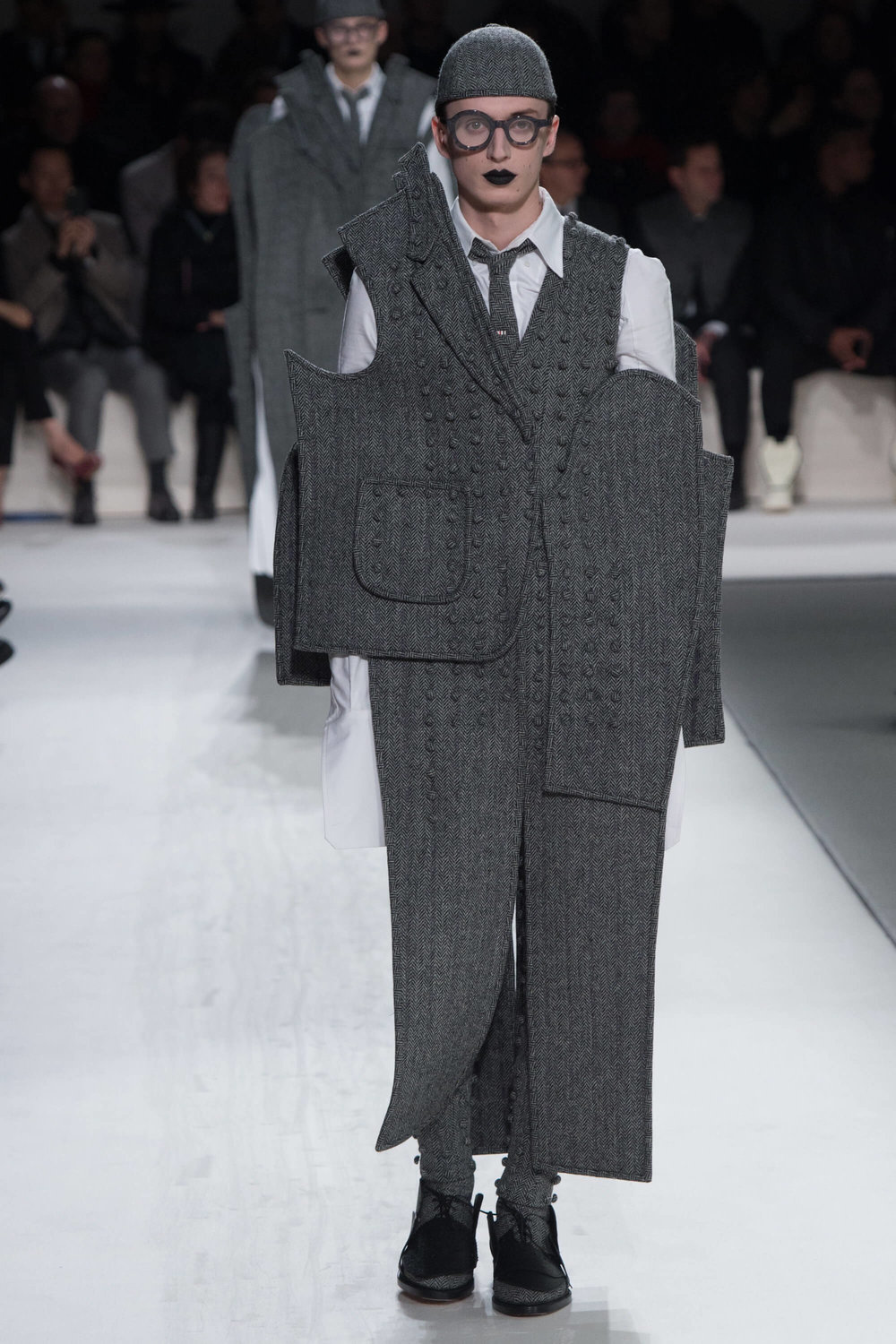 Thom-Browne-Never-Fails-to-Amaze-Thatsitmag-Thatsitmagazine-GraceBrookes-Paris-Fashion-week4.jpg