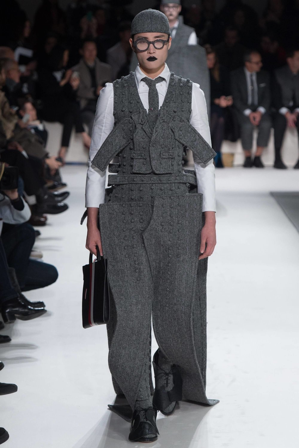 Thom-Browne-Never-Fails-to-Amaze-Thatsitmag-Thatsitmagazine-GraceBrookes-Paris-Fashion-week6.jpg