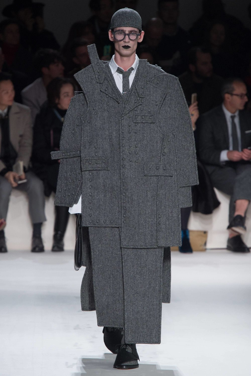 Thom-Browne-Never-Fails-to-Amaze-Thatsitmag-Thatsitmagazine-GraceBrookes-Paris-Fashion-week9.jpg
