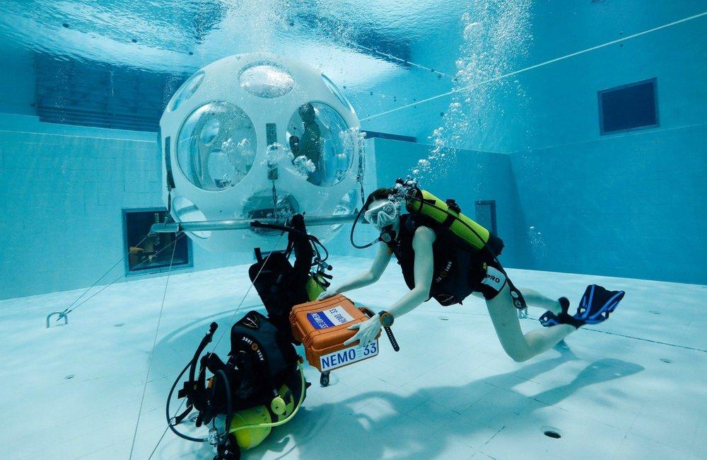 underwater-thatsitmag.jpg