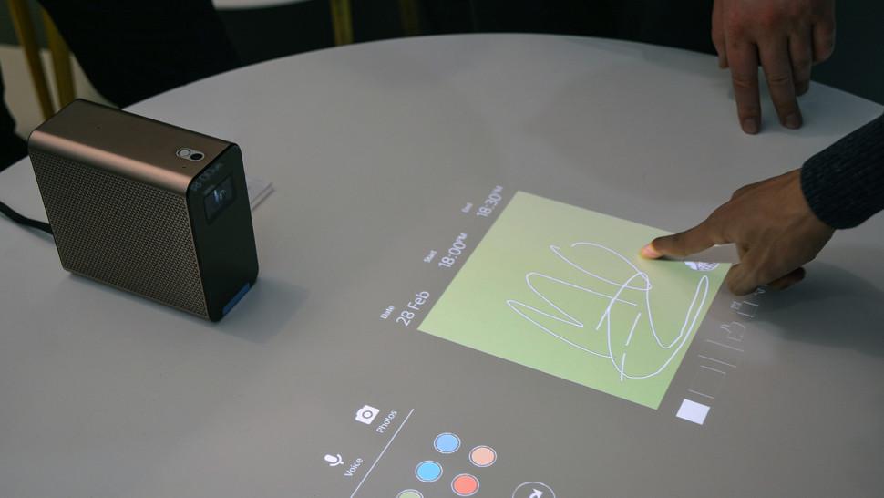 Xperia Touch3.jpg