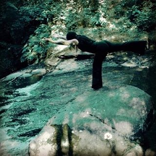 "Virabhadrasana 3 - warrior it took me a long time to realize that best way to be in this pose is to surrender to it. To relax into balance to enjoy the instability and to know that the earth is always here below me to hold me to catch me if I fall.  I love this quote by Sharon Gannon ""you can not do yoga. Yoga is your natural state. What you can do are yoga exercises which reveal to you where you are resisting your natural state""-Sharon Gannon  I would love to see your version of this pose post your pics and hashtag #haven community #havenyogaandwellness  To be entered to win prize. If you missed yesterday's post check out #havenyogaandwellness #yoga #balance #waterfall #clifffalls #virabhadrasana3 #nature #yogainnature #yogaabbotsford #abbotsford"