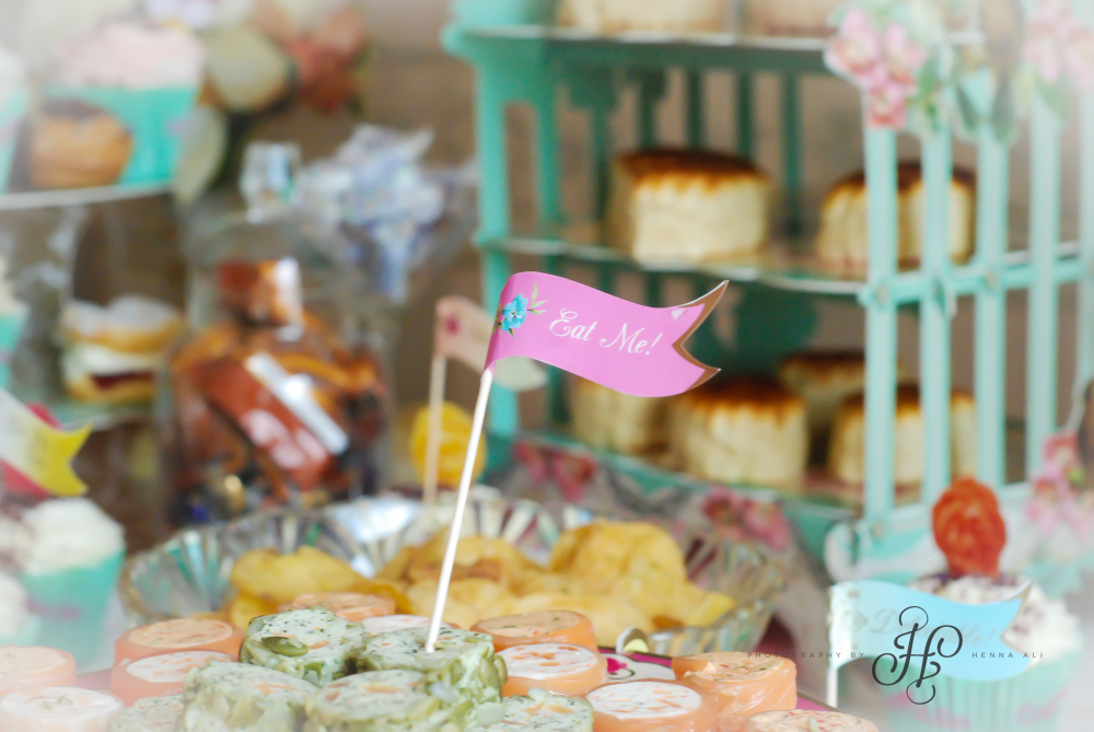 These Truly Scrumptious party canapé flags added the perfect vintage touch!
