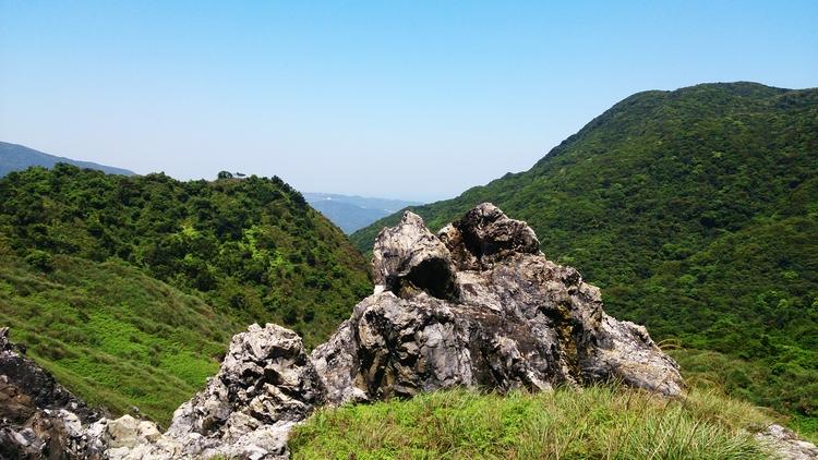 Volcanic edgelands