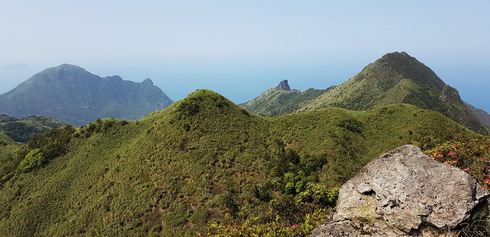 Some of the main Jinguashi Peaks: Mts Keelung, an unnamed hump, Teapot and Banping. From the summit of Canguangliao.