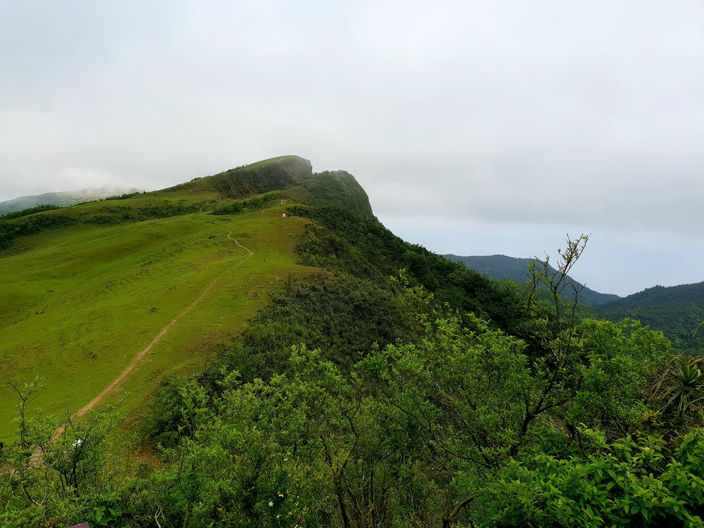 This type of slanted ridge is called a cuesta
