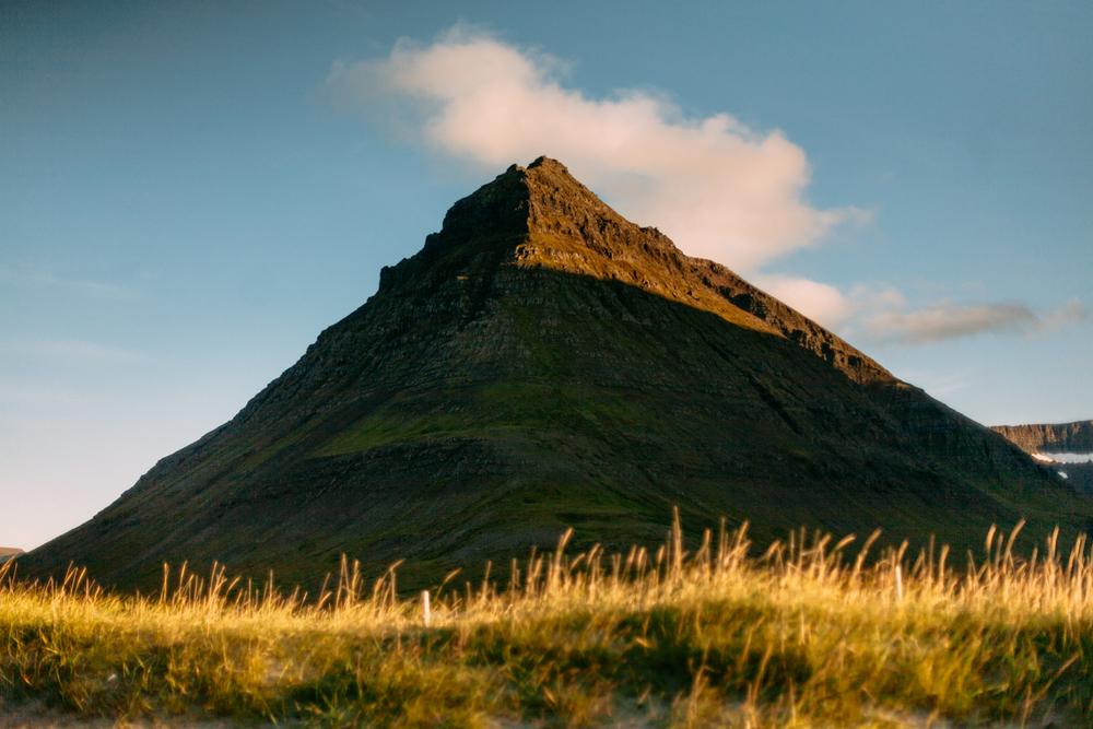Iceland-holt-8.2-11.14-1190.jpg