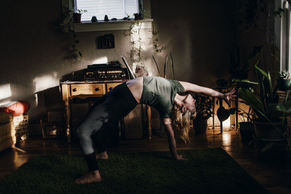 12.12.14 Stephanie Yoga 00246.jpg
