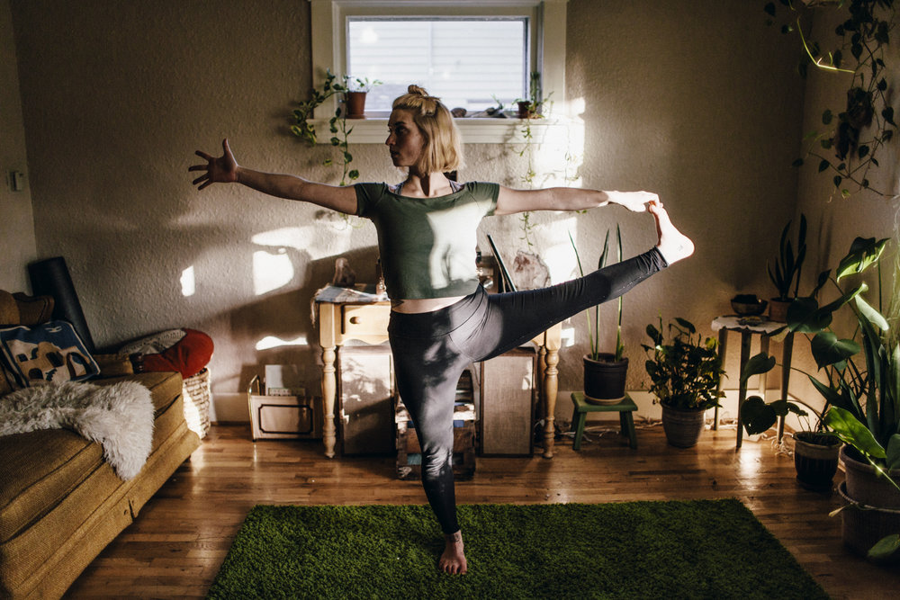 12.12.14 Stephanie Yoga 00340.jpg