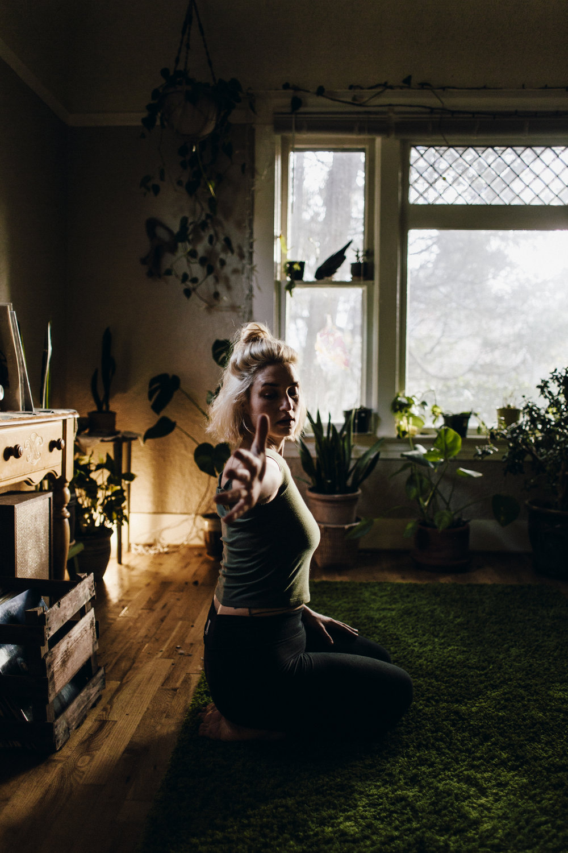 12.12.14 Stephanie Yoga 00298.jpg
