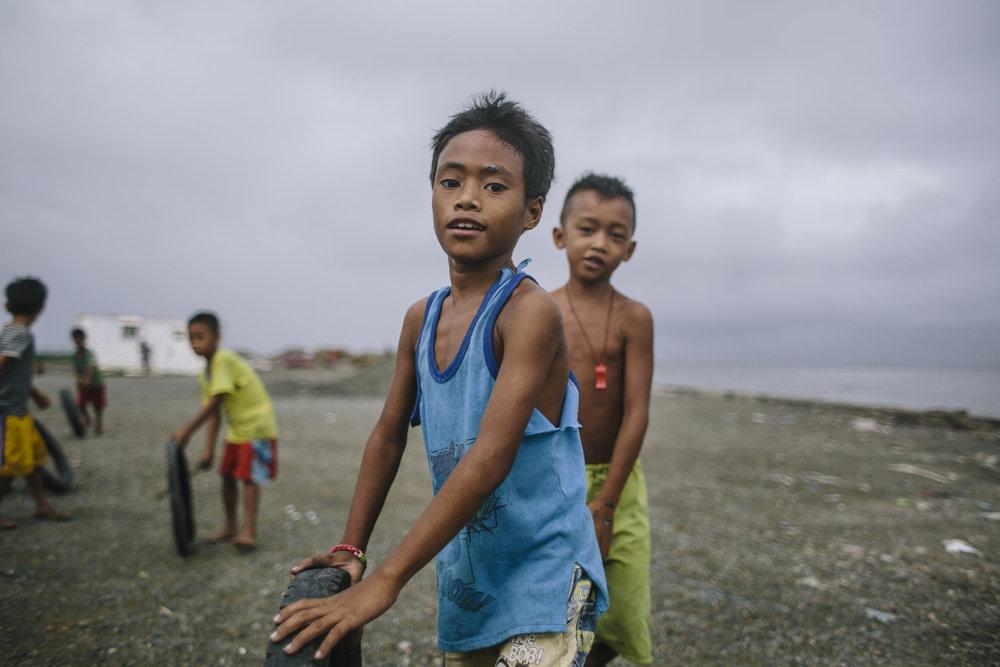 Manila+-+slums-ruins+8.9.15-458.jpg