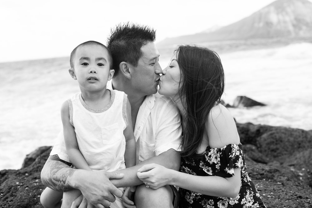 maternity_oahu-48.jpg