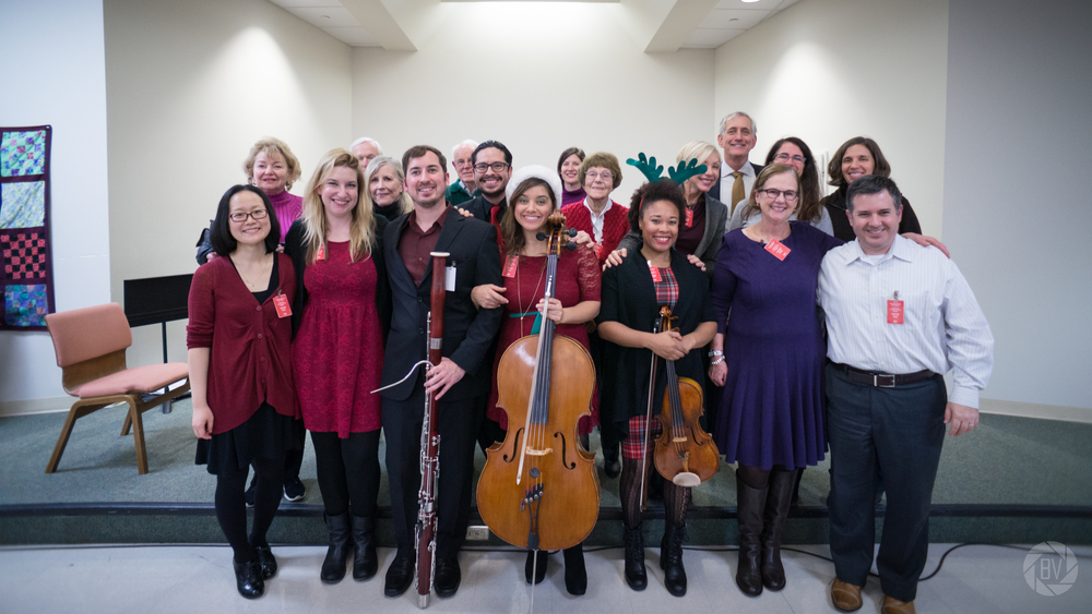 Musicians from the Oregon Symphony (violinists Shin-young Kwon and Emily Cole, percussionist Sergio Carreno, bassoonist Evan Kuhlmann, cellist Marilyn de Oliveira, and violist Jennifer Arnold) gave a performance to inmates at Oregon's Coffee Creek correctional facility for women. Portland Mayor Charlie Hales and his wife Nancy were among those in the audience.