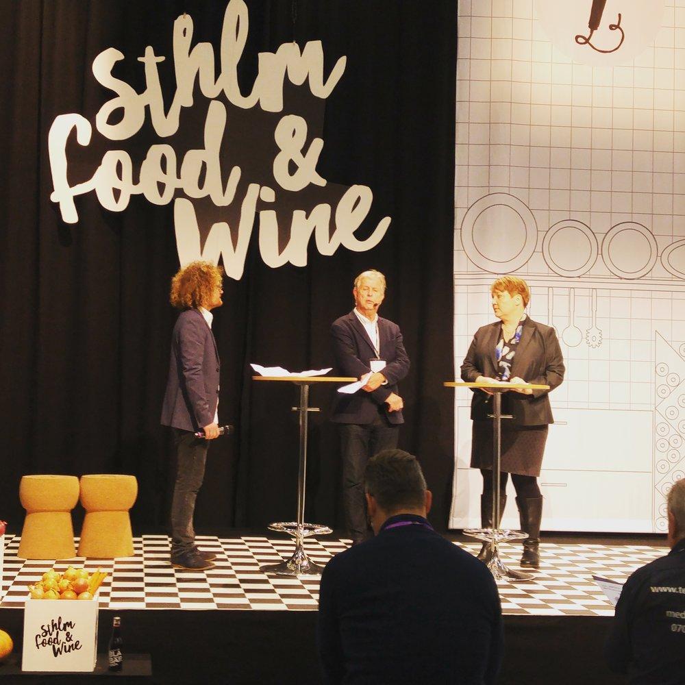 Debatt med Stina Moria, samhällsansvarig på Systembolaget.