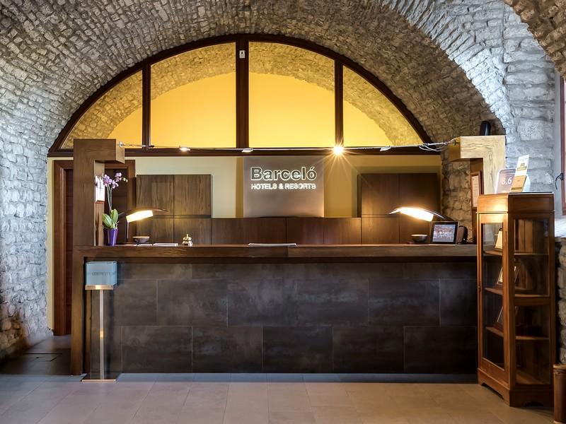 240-life-6-hotel-barcelo-monasterio-de-boltana37-173898.jpg