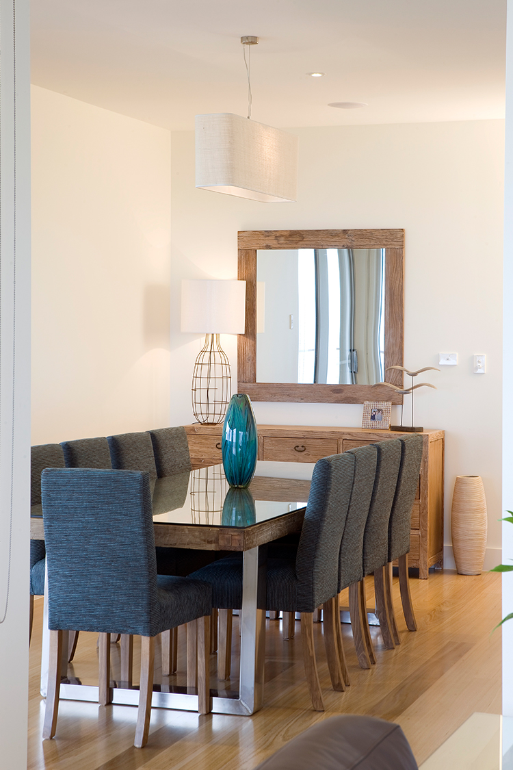 10_Dining Room.jpg