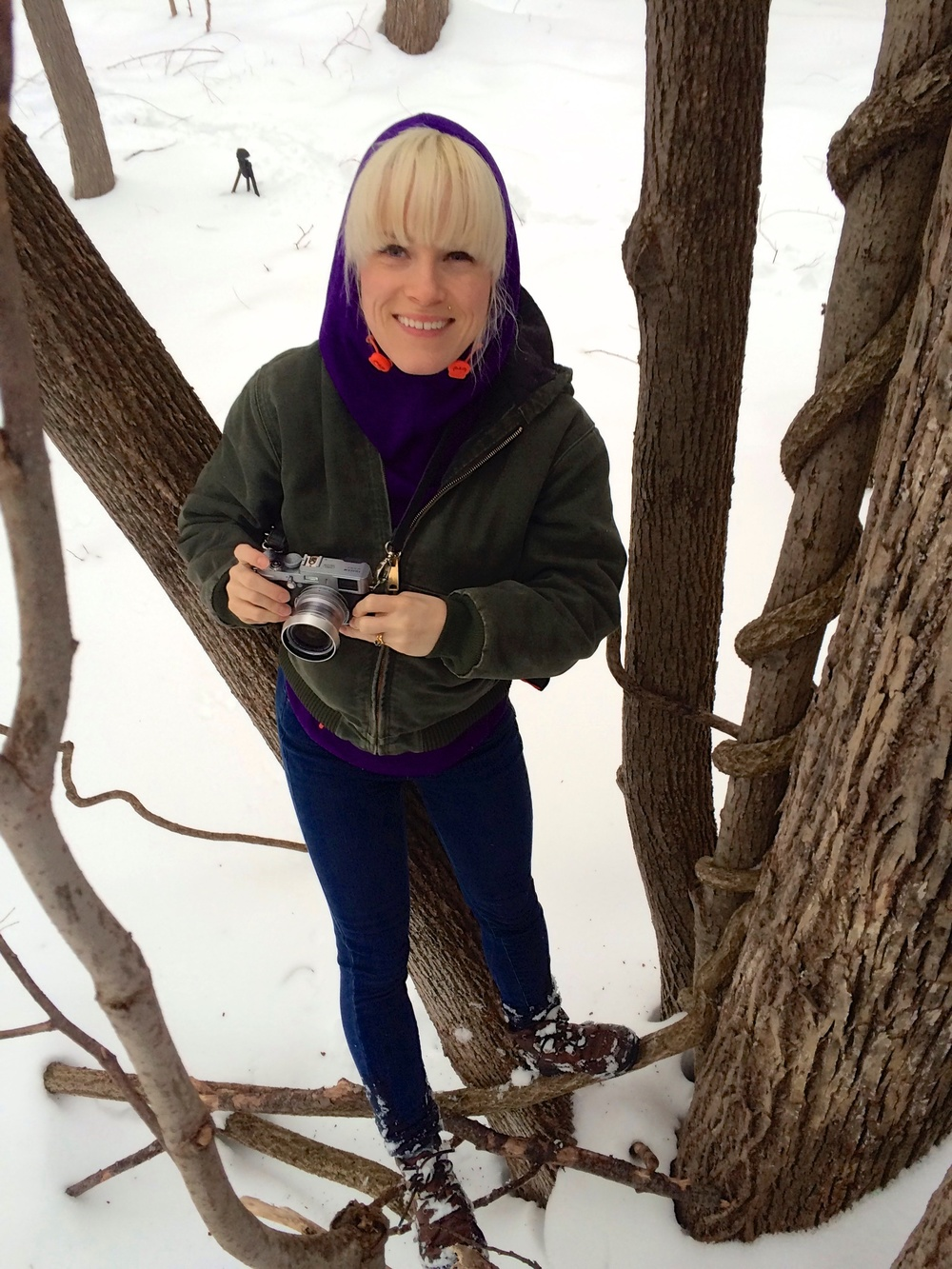 Becky Rodriguez Photographing Winter