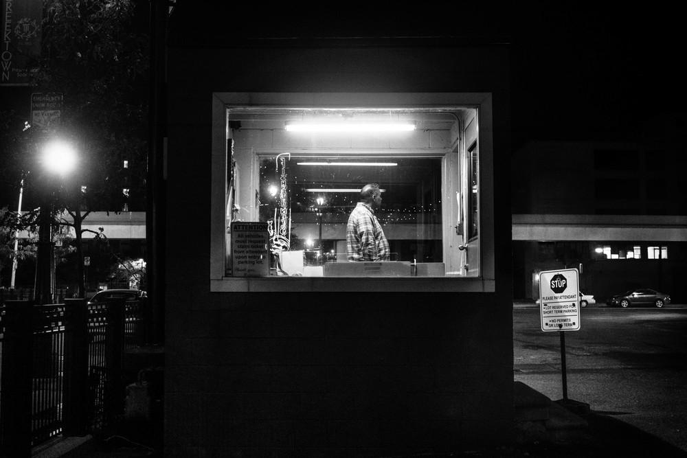 KeenanRIVALS.com-Street-Photography-Downtown-Detroit-Fujifilm-X-T1-XF-35