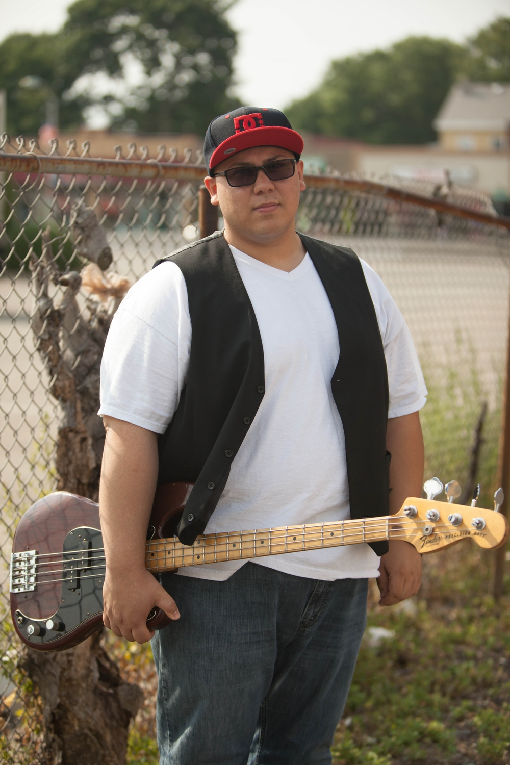 Andrew Reyes [Bass]