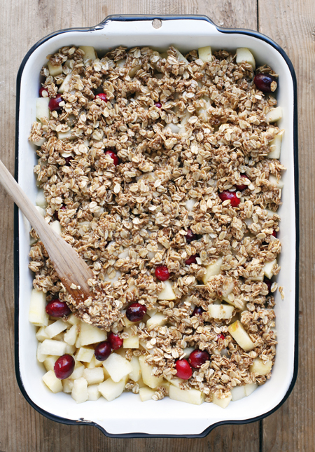 Pear, Apple and Cranberry Crumble