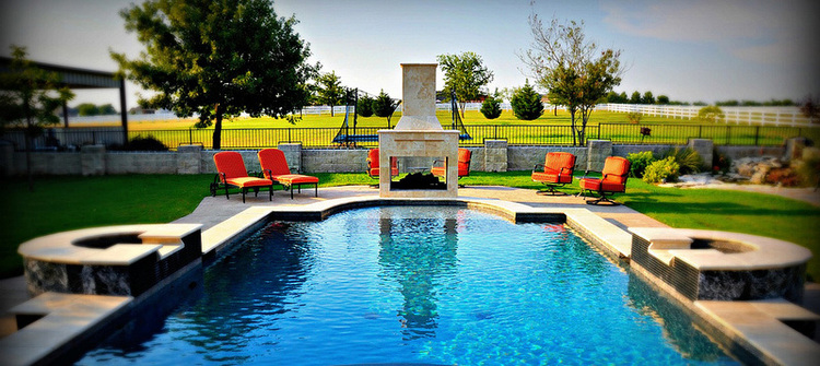 Custom Pool Design -Luxury Pool Installation Houston — Envy Exteriors