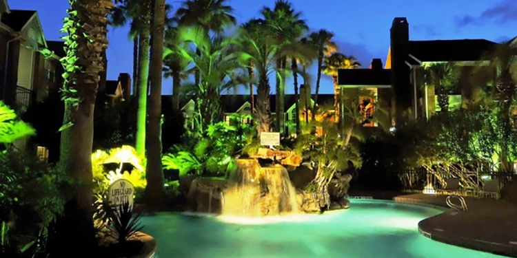 Luxury Pool Lighting - Custom Pool Lighting Houston — Envy Exteriors