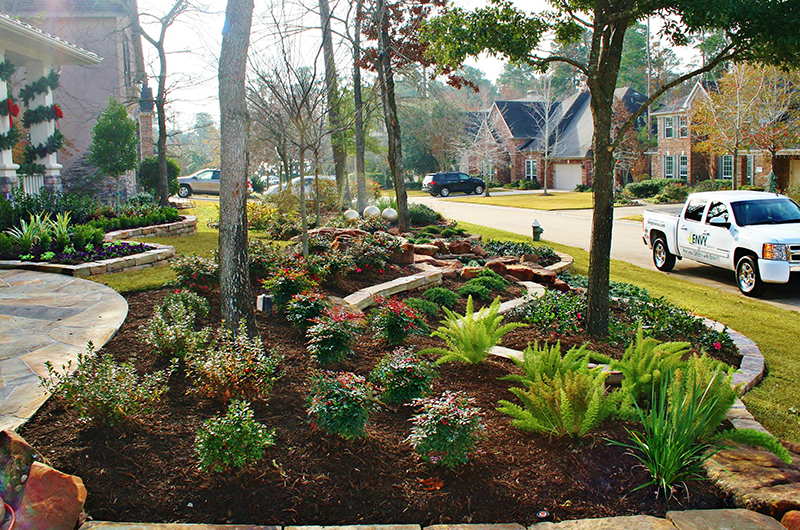 landscape-design-install-front-yard-beds-the-woodlands-spring-envy-exteriors-renovation-houston.jpg