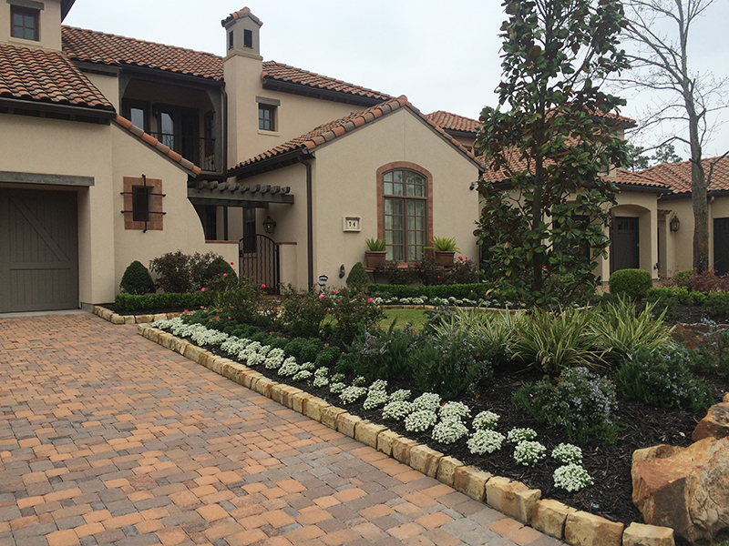 yard-of-the-month-the-woodlands-tx-winner-best-landscaper-landsacpe-installation-design-pavers-spring,-houston-fertilization-sprinklers-lighting-envy-exteriors.jpg