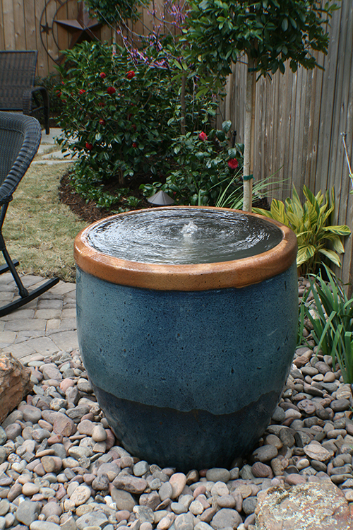 glazed-rustic-water-foutain-feature-in-pot-pot-pots-urn-in-urn-design-build-install-installation-landscape-landscaping-ideas-back-yard-the-woodlands-build-spring-houston-tx-montgomery-conroe-cypress-best-company.jpg
