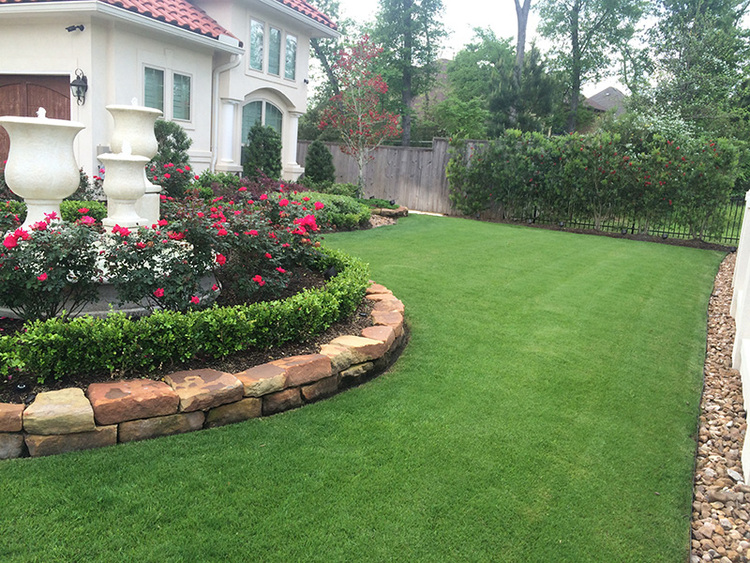 Best Landscapers The Woodlands.jpg
