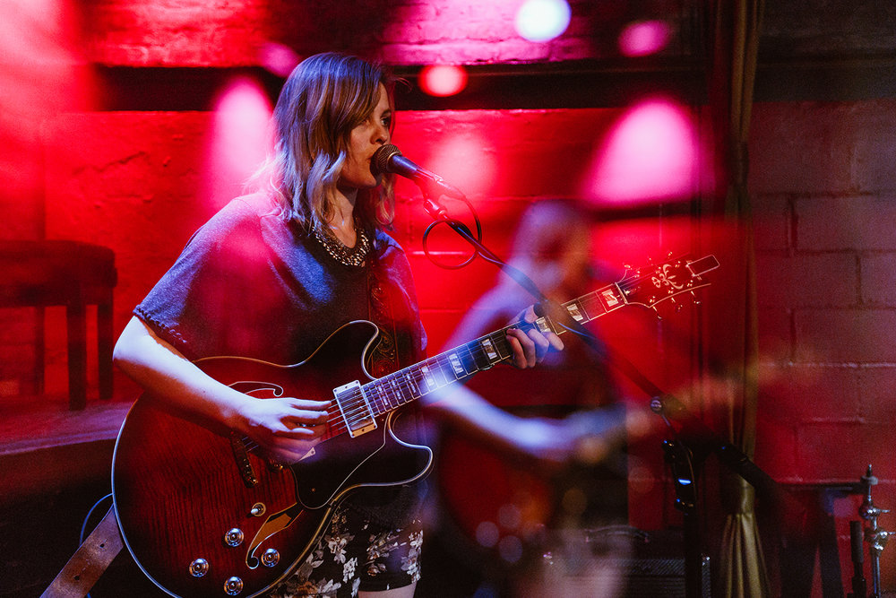 (live at Rockwood Music Hall, NYC // © Leonardo Mascaro)