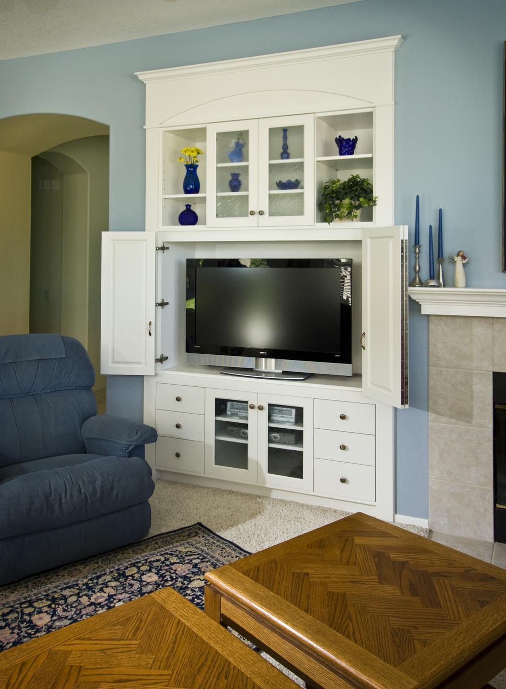 TV hideaway
