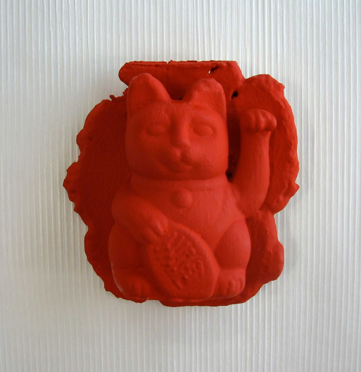 3-D Wallpaper!  Prototype for a my new line. Foam Cast, Japan Colored Kitty.  Light Weight and Durable atop an venetian medium Strie, painted with Farrrow & Ball Clay Based paint, ( zero - VOC = volatile organic compound ) ( www.alexkellum.com )