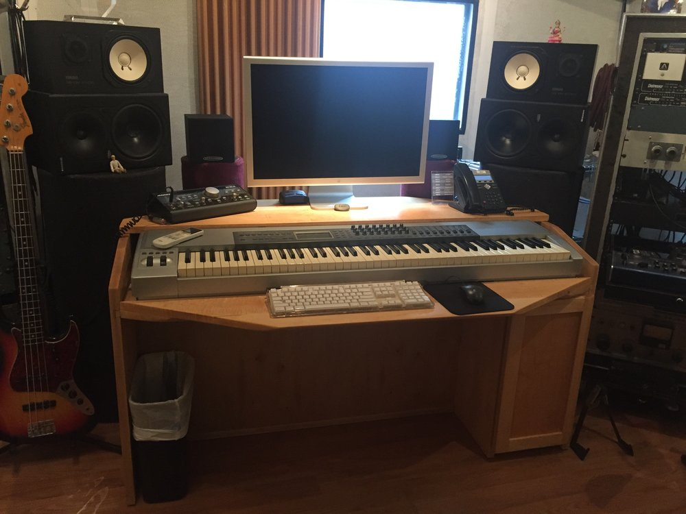 Maple Workstation Desk: Storefront Music