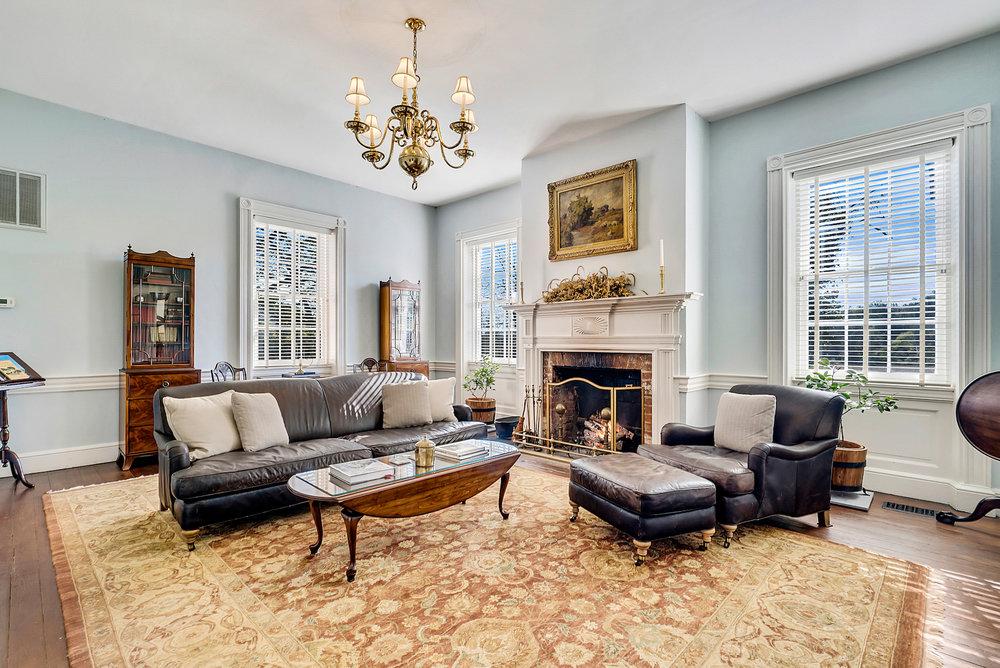 Living room! FHsir.JPG