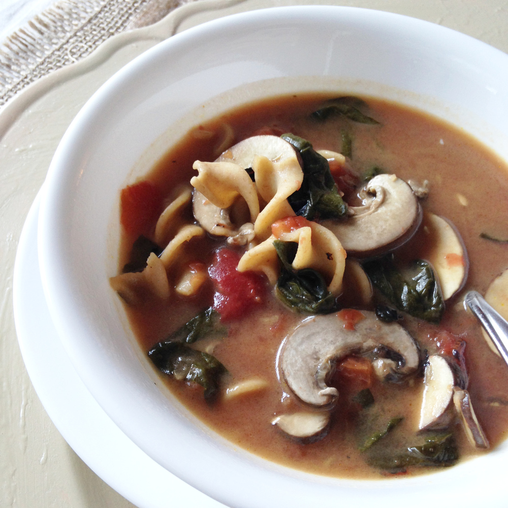 Vegan Mushroom Minestrone Soup Recipe