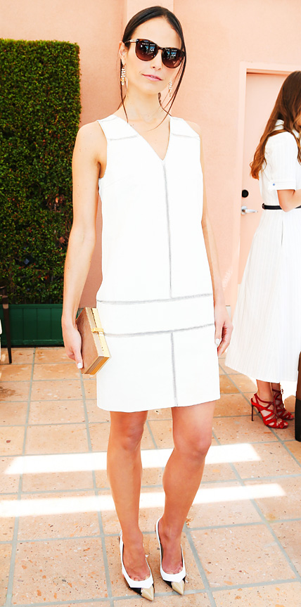 Jordana Brewster in Carolina Herrera