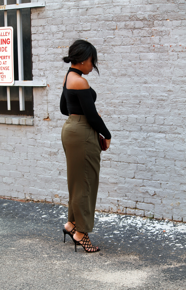 9-american-apparel-choker-top-asos-culotte-pants-steve-madden-slithur-sandals_edited-1.jpg