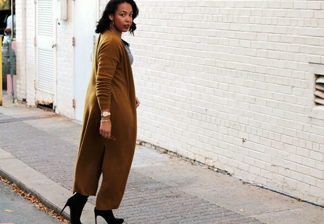 9-loft-side-slit-duster-old-navy-rockstar-jeans-zara-booties-gap-henley.jpg