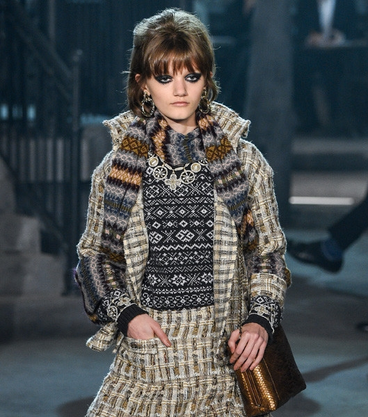 CHANEL ACCUSED OF COPYING FAIR ISLE KNIT DESIGNS + ISSUES APOLOGY ...