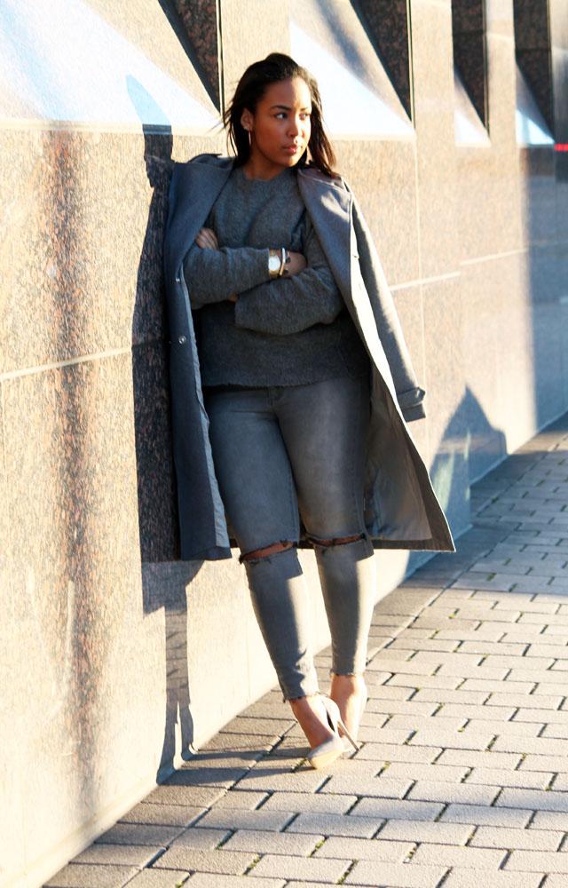 2-gray-monochrome-womens-fashion-ivanka-trump.jpg
