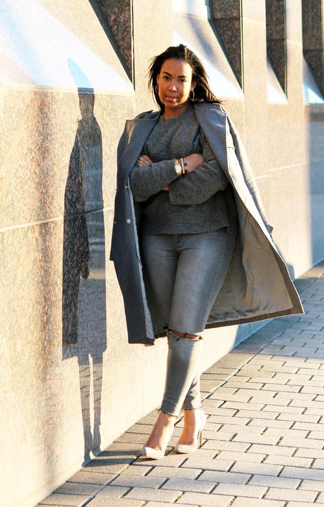3-gray-monochrome-womens-fashion-ivanka-trump.jpg