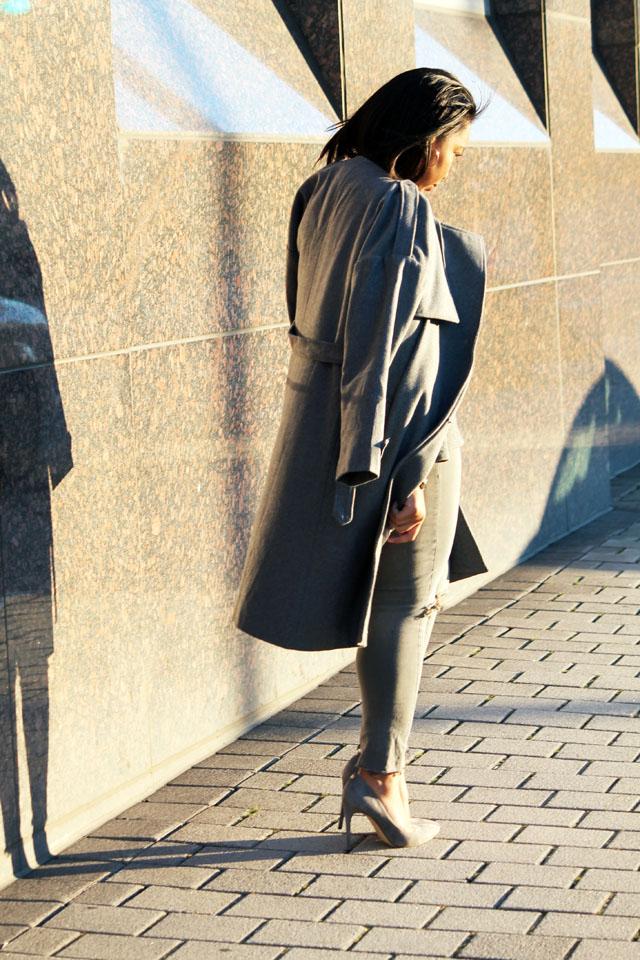 6-gray-monochrome-womens-fashion-ivanka-trump.jpg
